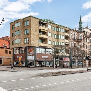 Drottninggatan 38-40